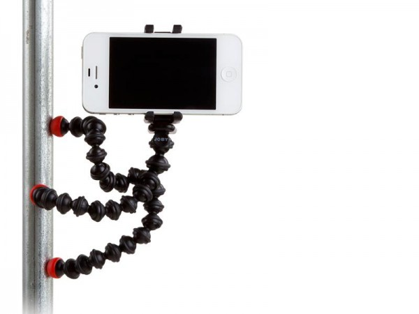 iron-paradise-fitness-gym-bag-essentials-gorillapod