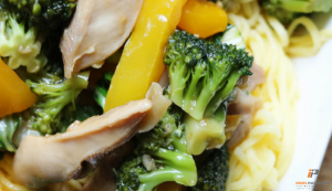 Easy Chicken Recipes - Broccoli and Chicken Stir Fry
