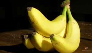 water-retention-iron-paradise-fitness-blog-bananas