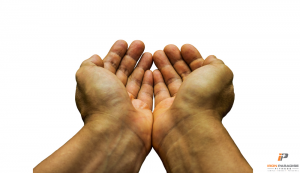 water-retention-iron-paradise-fitness-blog-begging-hands-calorie-deficit